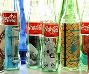 Making Use of Used Glass Bottles To Become Unique Pigura