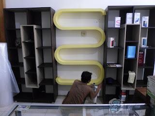Rak Display Gantung Untuk Toko HP + Etalase Display