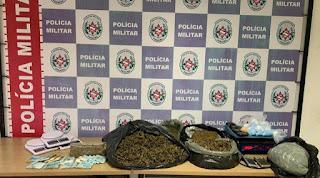 Polícia Militar apreende drogas e dinheiro do tráfico em ação na tarde desta quinta-feira (03)