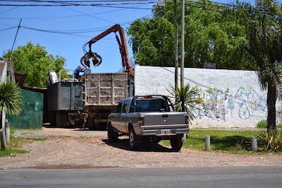 En San Isidro funcionarios extorsionan a vecinos para tapar irregularidades del Plan Federal de Viviendas