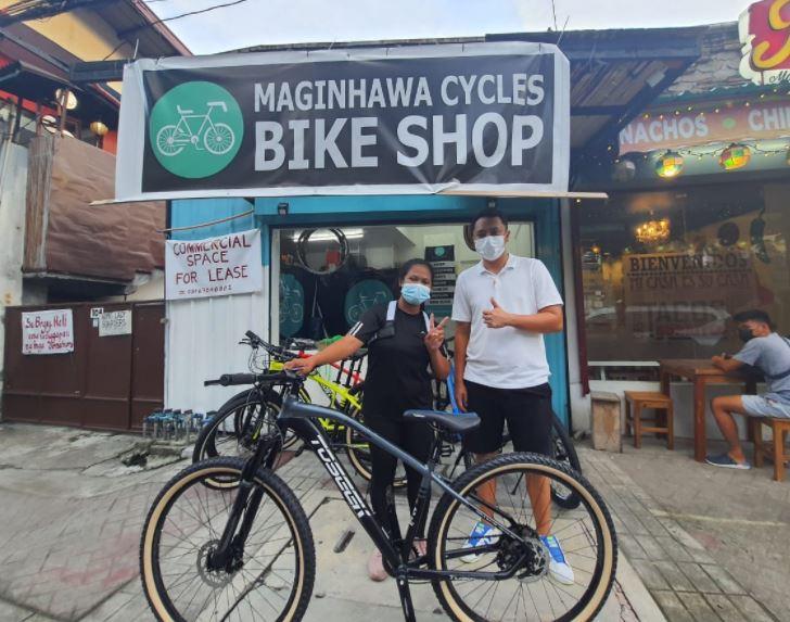 Matt Rey Matias ng Maginhawa bike shop