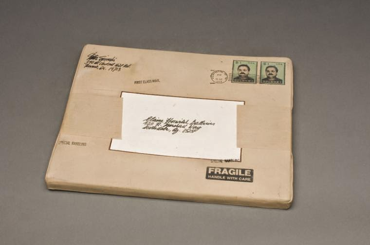 19-Envelope-with-Stamp-Victor-Spinski-Clay-Sculptures-replicating-objects-from-Daily-Life-www-designstack-co