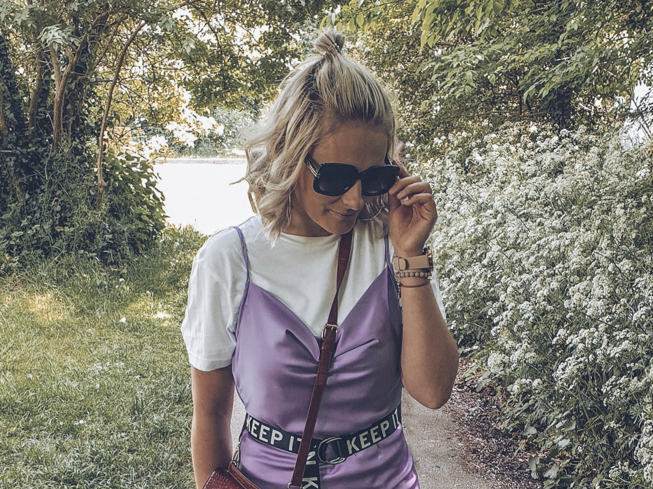 Millennial Purple & slip dress czyli sukienka idealna na wiosne