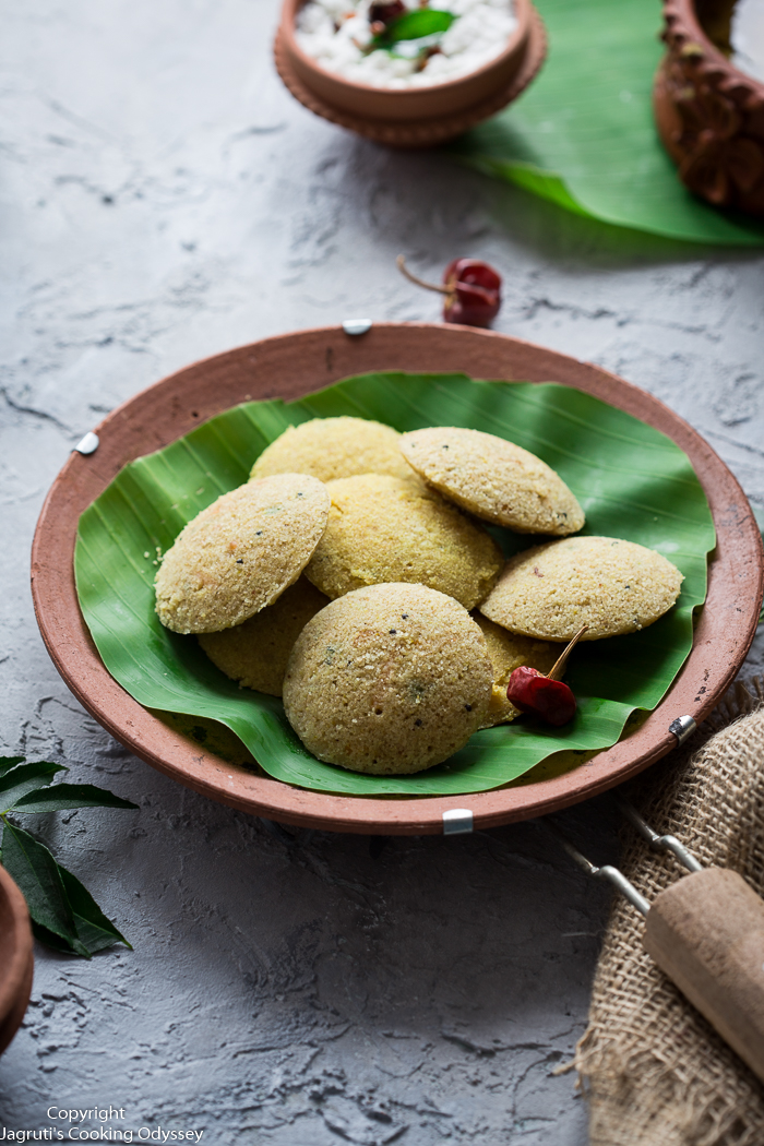 Quick Vegan Oats Idli