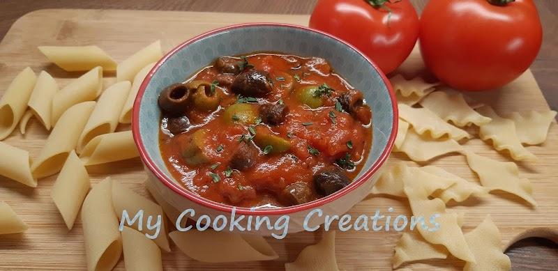 Доматен сос с маслини