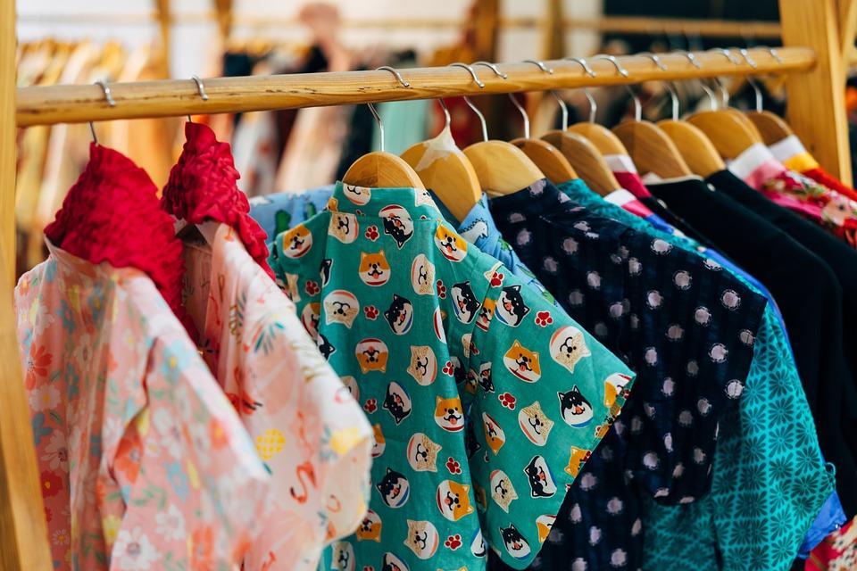 Mau Memulai Bisnis Jualan Pakaian? Perhatikan Hal Hal Berikut Ini