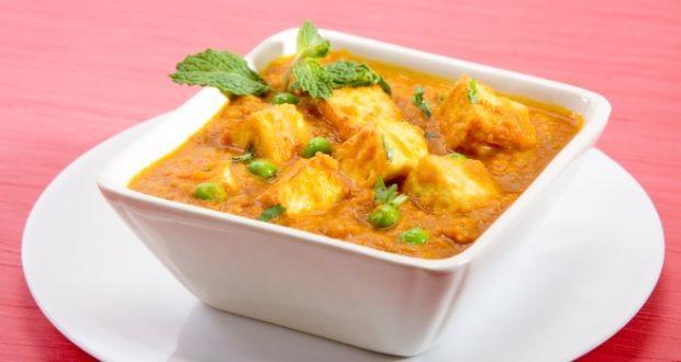 How to make a delicious matar paneer recipe at home
