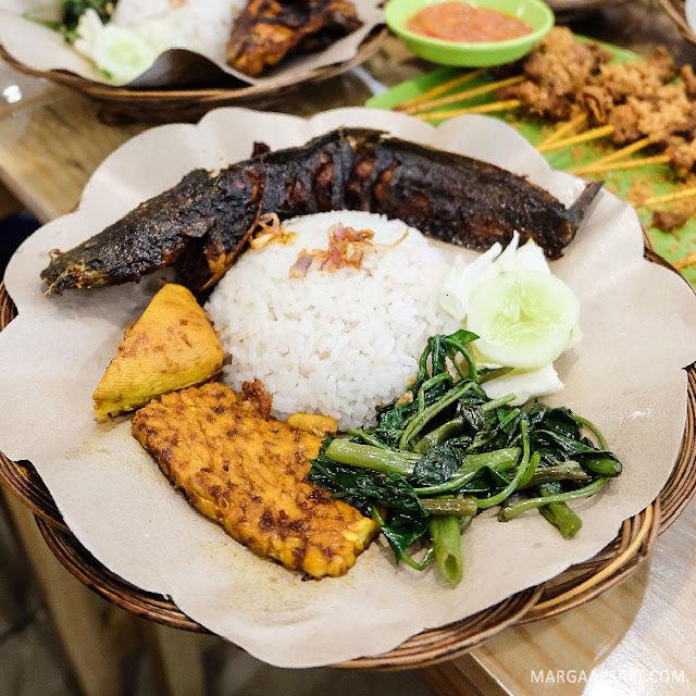 Paket Lele Bakar Pondok Roji Gading Serpong, Tangerang