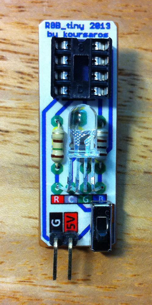 Arduino and ATtiny85 projects: RGB-tiny: RGB Led controlled