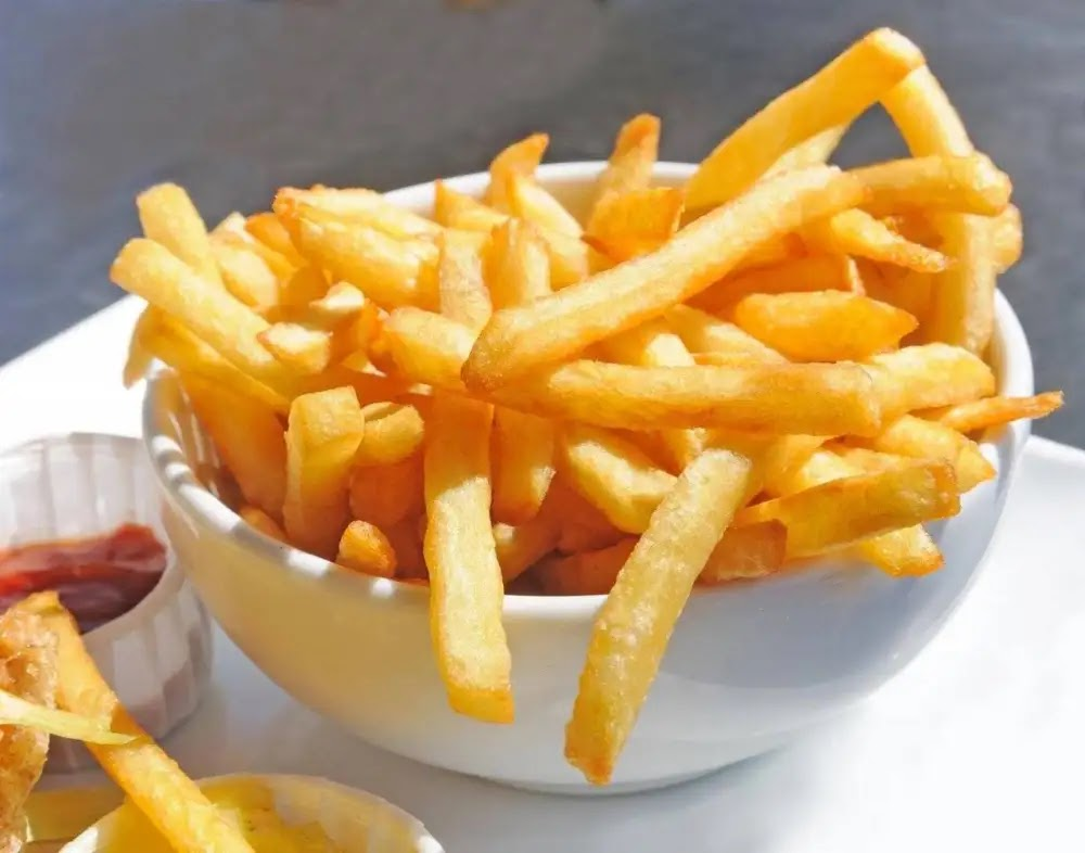 The easiest way to fry potatoes without oil .. The results will surprise you!