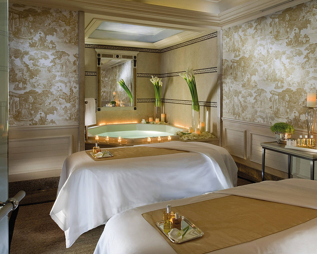 Stay at four seasons hotel george v paris my perfect - Hotel georges v paris prix chambre ...