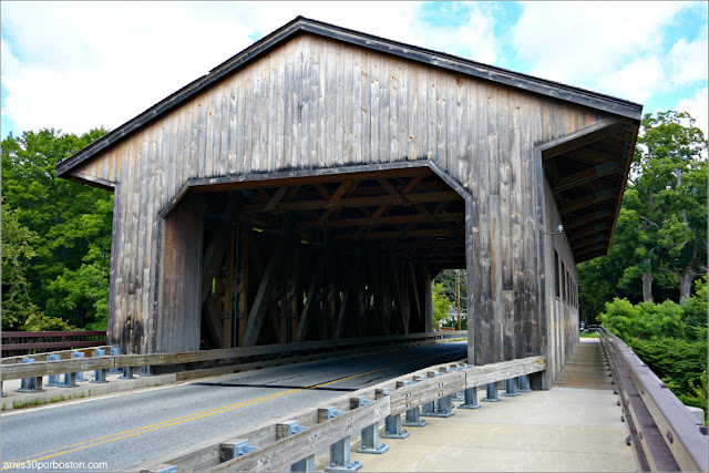 Puentes Cubiertos de Massachusetts: Pepperell Covered Bridge