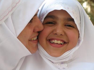 Tips Menjadi Ibu yang Sukses Mendidik Anak