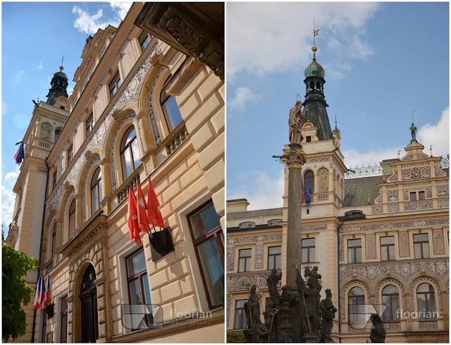 Pernštýnské náměstí z barokowym ratuszem w Pardubicach