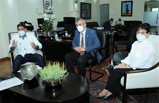 Ministro Agricultura se reúne con Federación de Comerciantes