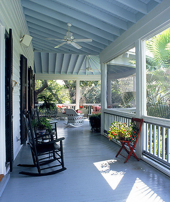 Mud Pie Studio: Haint Blue Painted Porch Ceilings