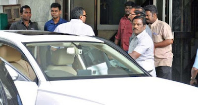 IT raids former Tamil Nadu minister's residence, offices