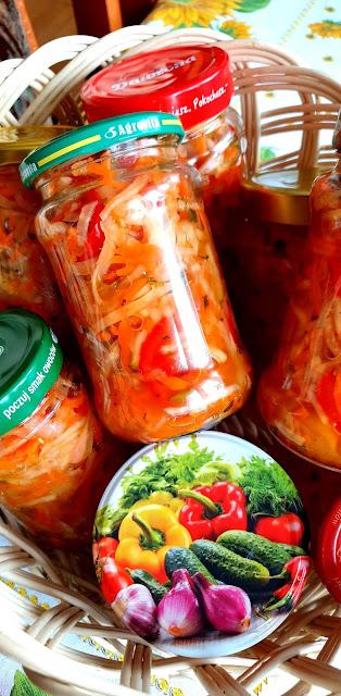 sałatka warzywna do obiadu, sałatka do słoika,marynaty,jak zamarynować sałatkę na zimę,z kuchni do kuchni najlepszy blog kulinarny,tania książka,poradnik,przepisy na nalewki,kuchnia domowa