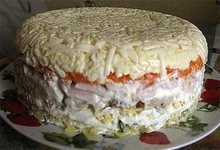 Слоенный салат с грибами