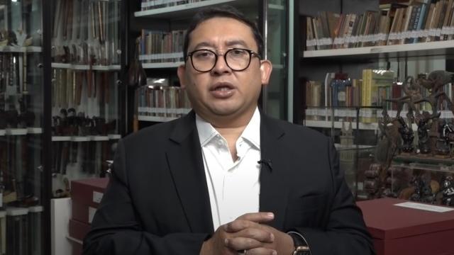 Kapal Perang China Berseliweran di Natuna, Fadli Zon: Kenapa Negara Seolah Takluk?