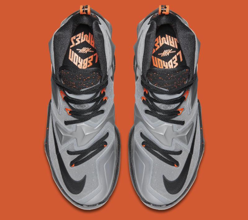 pretty nice 58e7b 3e6df Nike Lebron 13