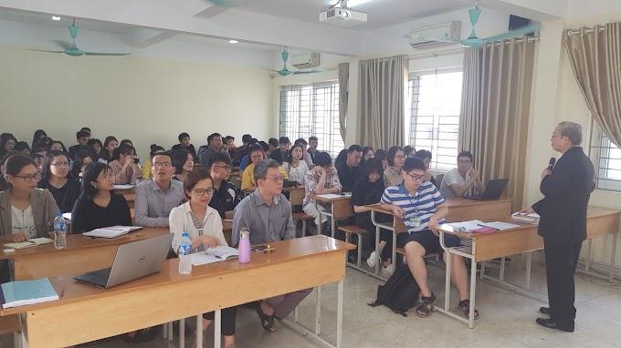 """Thuyết trình """"Triết học nghệ thuật của Vưgốtsky"""" của TS. Phạm Văn Chung"""