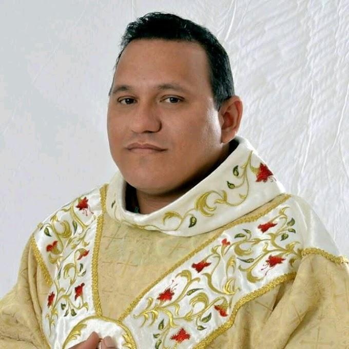 Pároco de Afonso Bezerra, padre Francisco Erivaldo é internado com Covid-19
