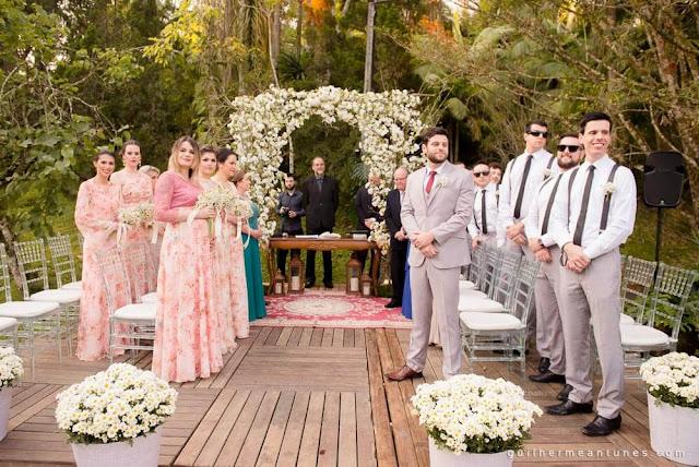 casamento real, madrinhas e padrinhos, bridesmaid, best man, decoração de cerimônia, rústico chic, rústico chic, portal de flores, casamento eloiza e renato