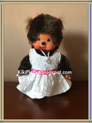 robe blanche en dentelle romantique, kiki, monchhichi, handmade, fait main, couture, poupée