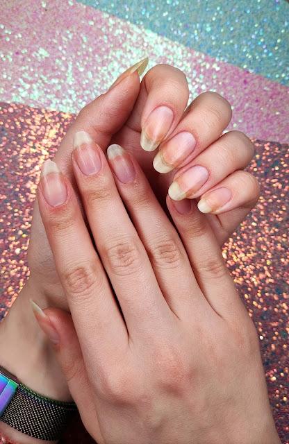 ponad miesiąc zapuszczania paznokci