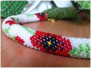 http://www.diyjewelrymaking.com/braiding-thick-beaded-kumihimo-with-inner-cores-by-elena-komina/