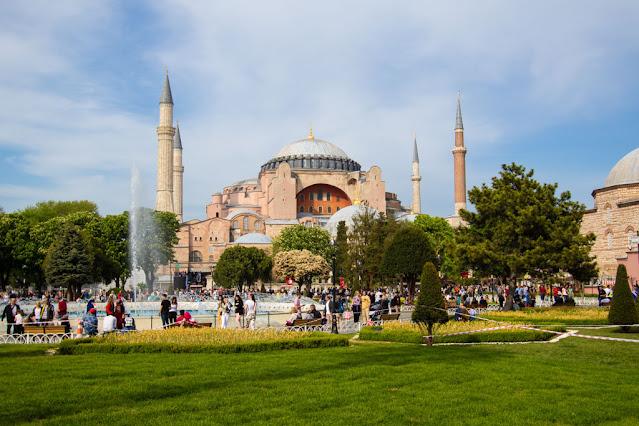 Aya Sophya (Santa Sofia)-Istanbul