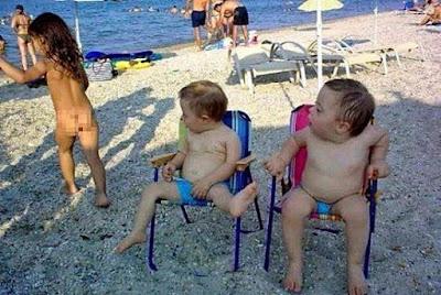 Männer die Frauen hinterher schauen - lustige Kinderbilder
