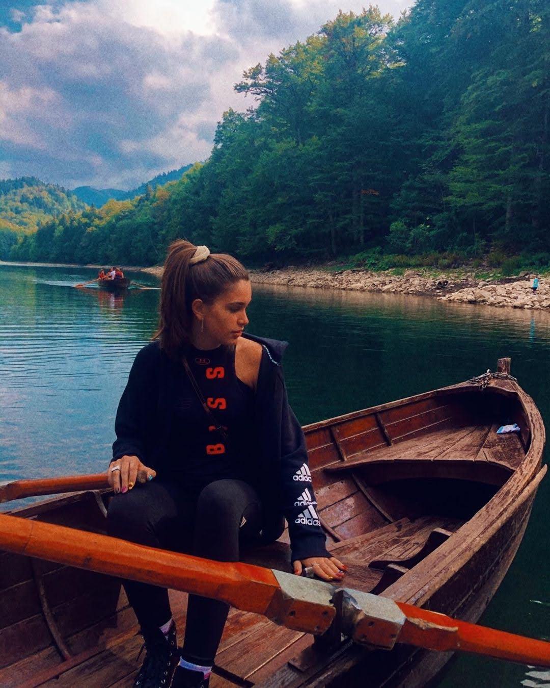 Nikolina Radusinovic 4