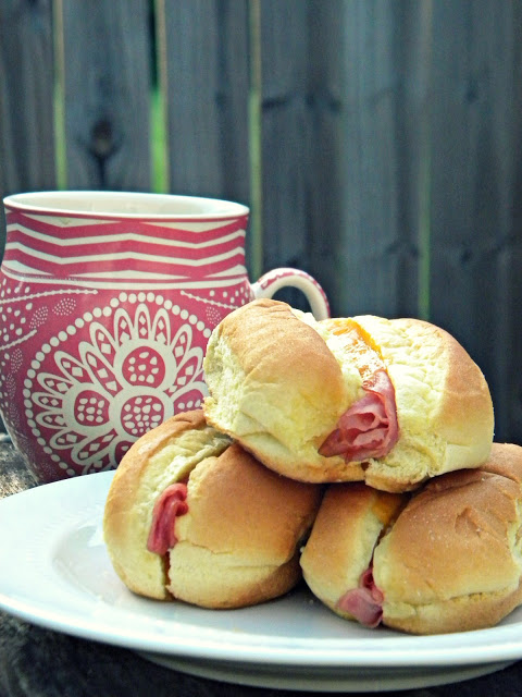 5 Holiday Breakfast Ideas - Ham & Cheese Rolls