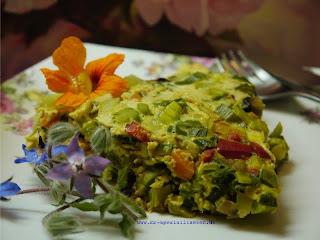 Gemüse-Omlette Rosen Senf Himbeer Balsam Essig