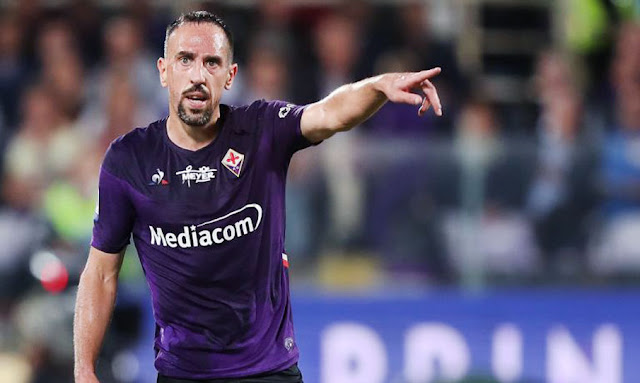 cambriolé, Ribéry laisse planer le doute sur son avenir en Italie