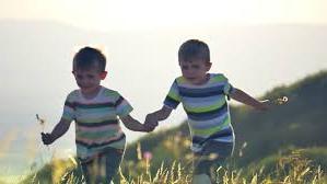 gej-deca-igranje