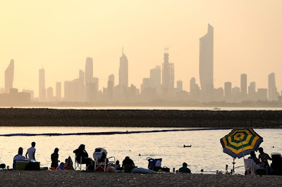 شاطئ المارينا الكويت