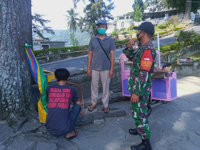Dengan Cara Komsos Personel Jajaran Kodim 0207/Simalungun Monitoring Wilayah Binaan