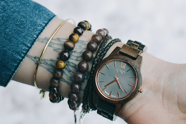 styled JORD wood watch on blogger with tattoo