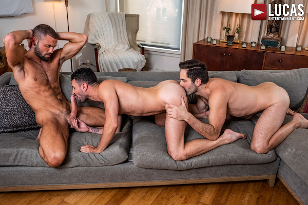 #LucasEntertainment - MICHAEL LUCAS AND JEFFREY LLOYD FUCK IAN GREENE