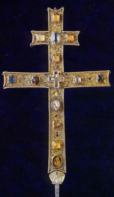 Σταυροθήκη με τεμάχιο Τιμίου Ξύλου του Castignano
