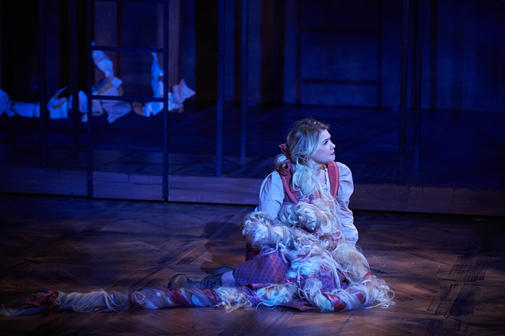 "Caroline Arapoglou | ""Into the Woods"" 