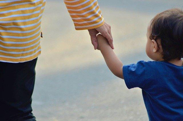 Tips Mengajarkan Tata Krama Kepada Anak Sejak Dini