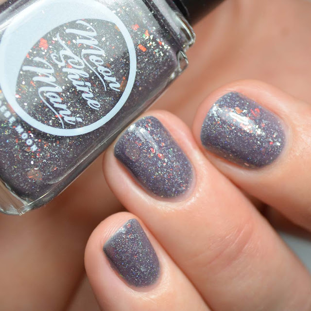 grey thermal nail polish