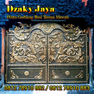 Contoh pintu pagar besi tempa klasik di Depok