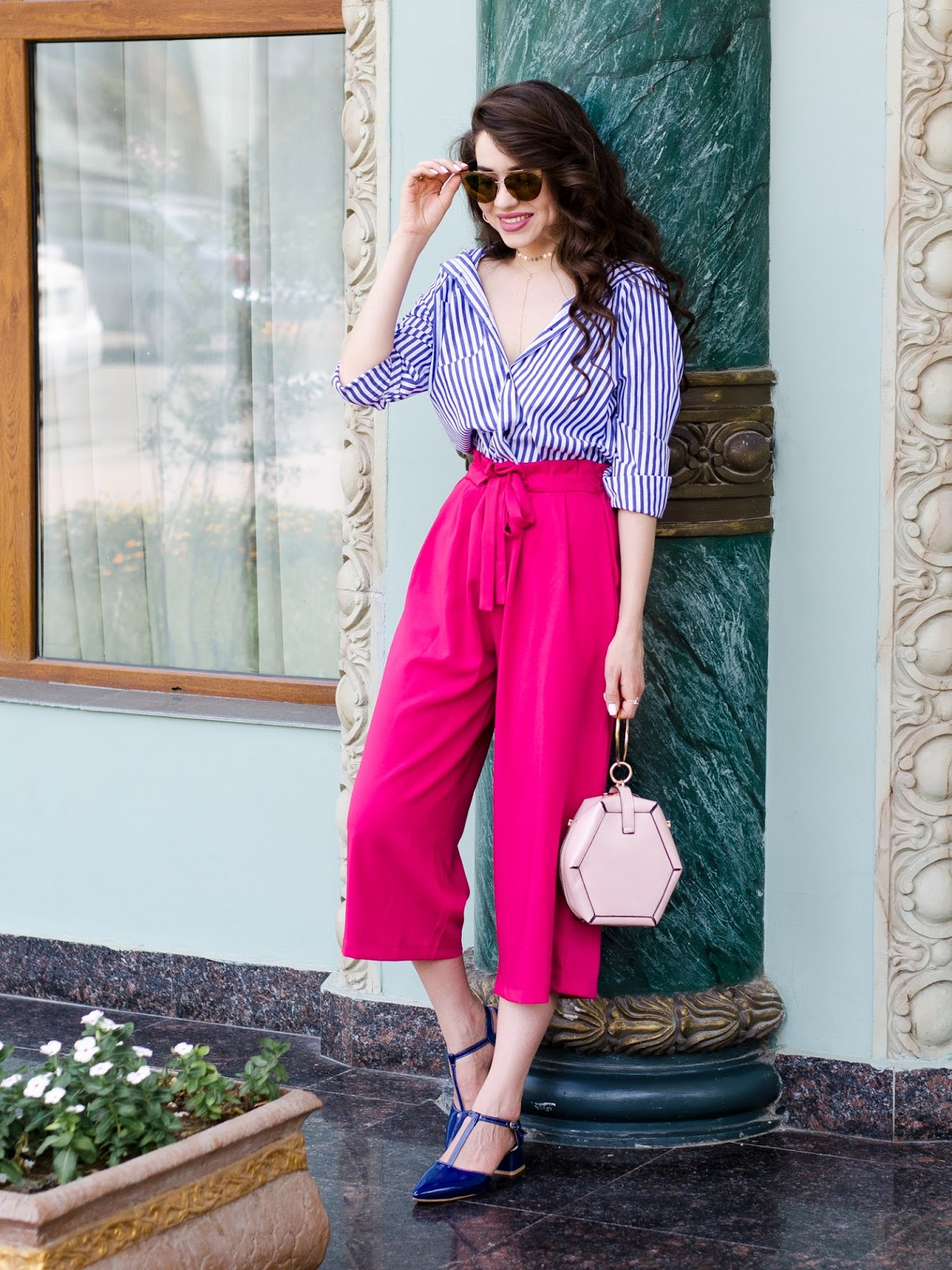 fashion blogger diyorasnotes diyora beta pink culottes striped shirt casual outfit street style 2017 lookoftheday