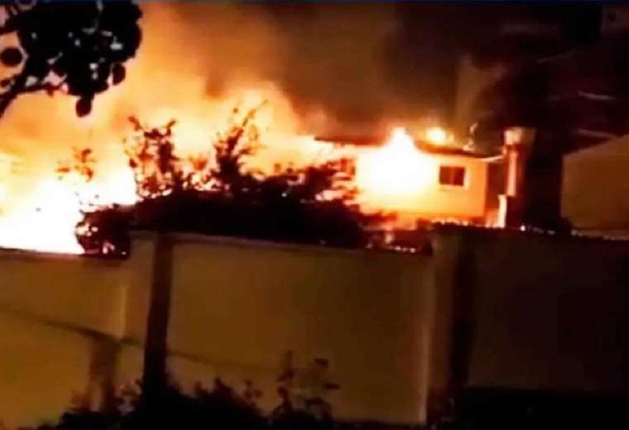 La quema de la casa de Waldo Albarracín, y otras personalidades, fue provocada por gente afín al MAS / ARCHIVOS