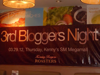 Kenny Roggers Hits the Big Three In Their 3rd Blogger's NIght